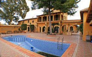 Property for Sale: Luxury Estate for Sale in Costa Blanca. Benejuzar. 9 Bedrooms. 3,695,000€