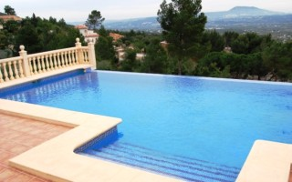 Property for Sale: Beautiful 3 Bedroom Villa for Sale in Javea, Costa Blanca, Spain.
