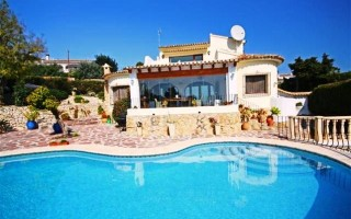Property for Sale: Luxury 3 Bedroom Villa with Sea View for Sale in Moraira, Costa Blanca, Spain.