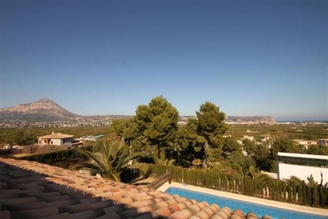 Views to Mount Montgo