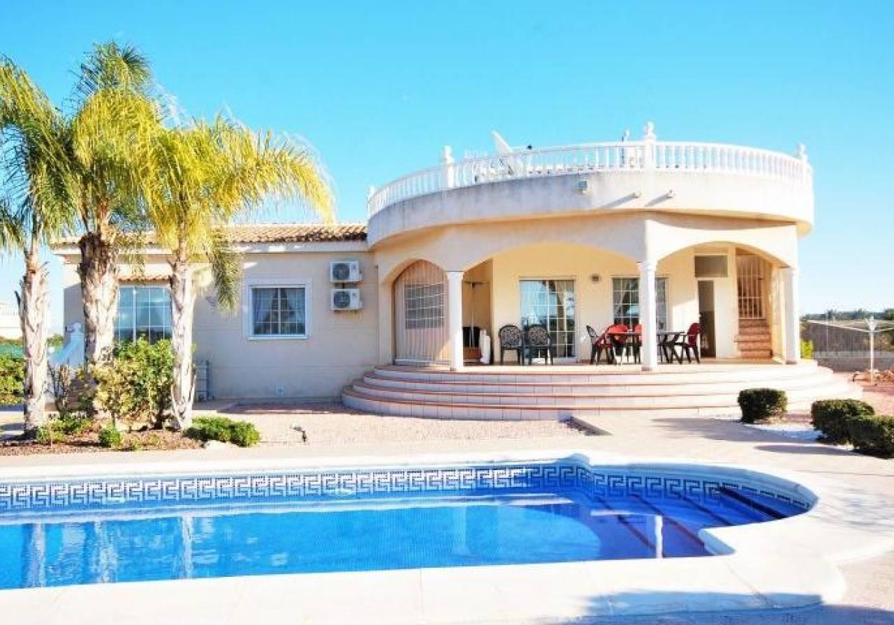 Villa for sale in Elche, Alicante, Costa Blanca