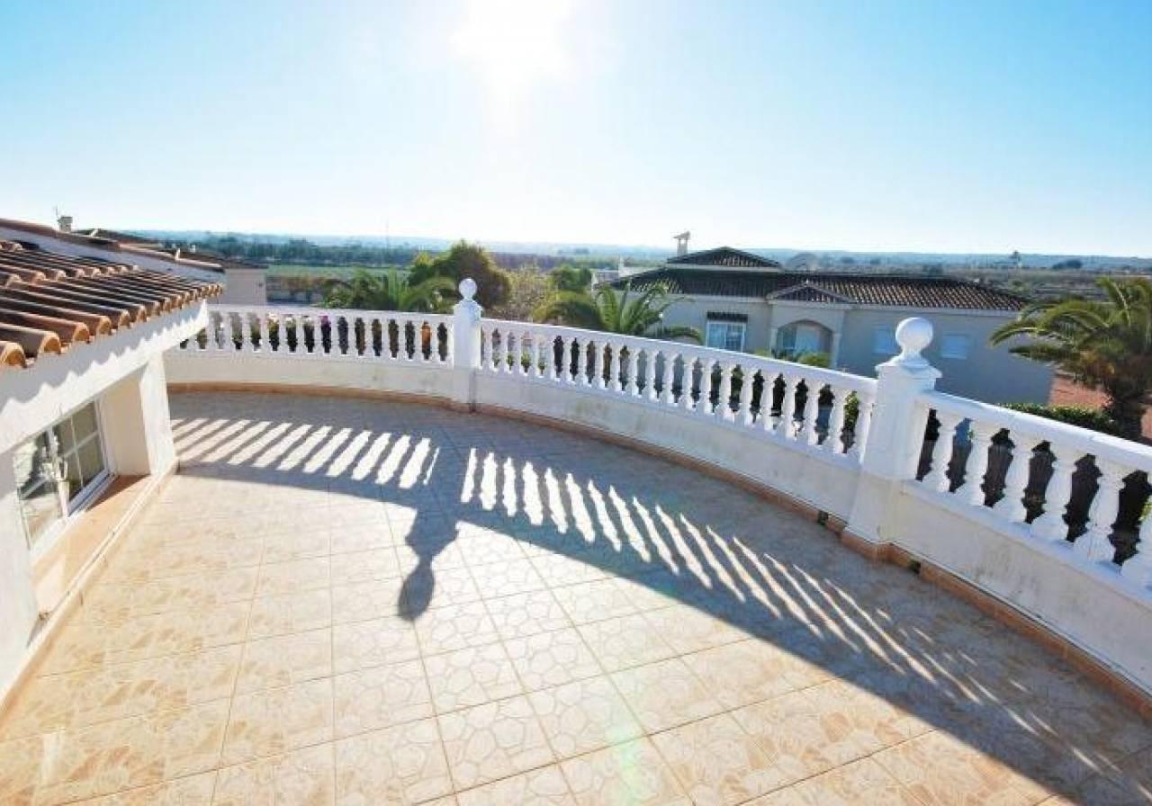 PSAGM2003m Villa for sale in Elche, Alicante, Costa Blanca