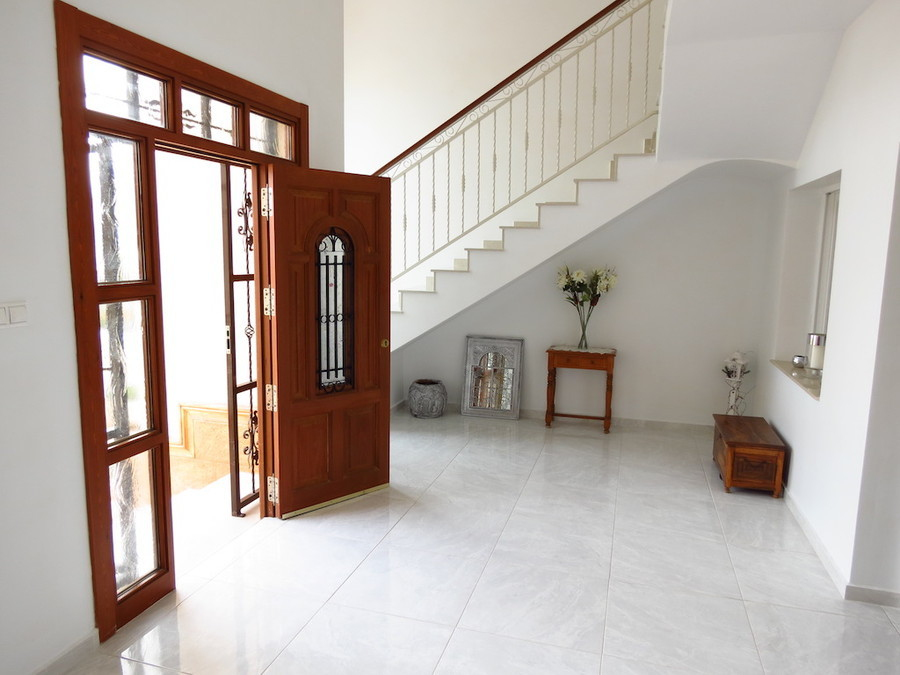 PSLPERL357o Villa for sale in Ciudad Quesanda