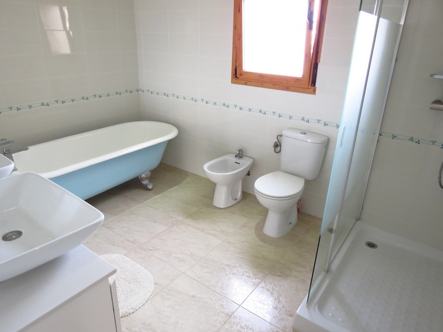 PSLPERL357v Villa for sale in Ciudad Quesanda