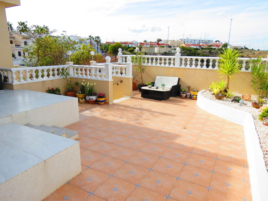 PSLPERL357z11 Villa for sale in Ciudad Quesanda